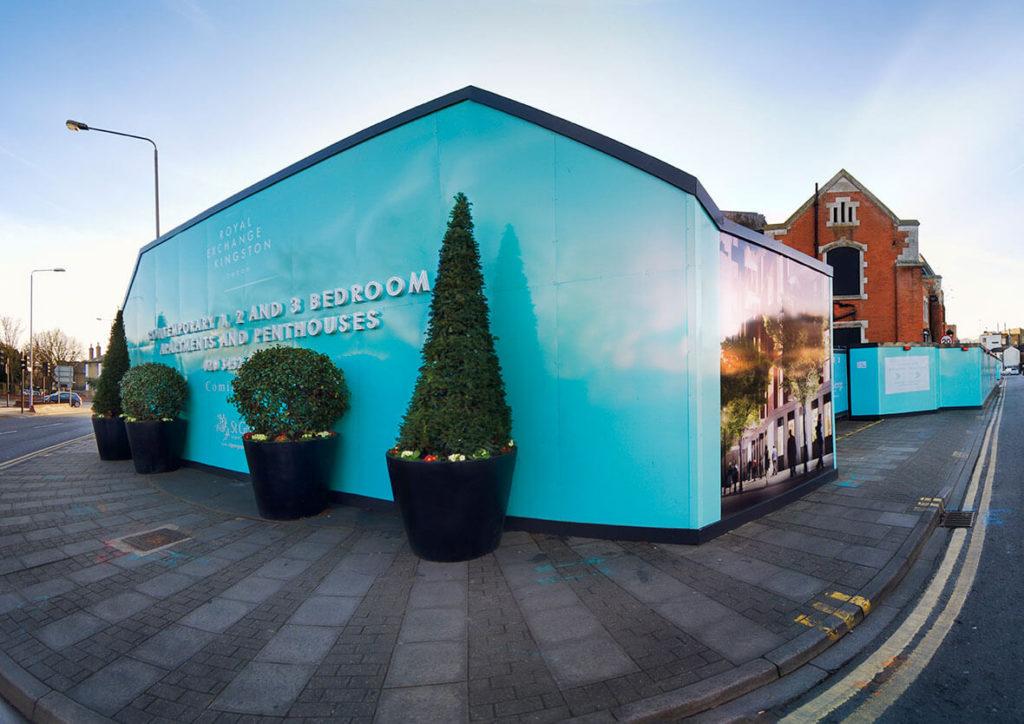 Sign installation at Royal Exchange, Kingston-Upon-Thames