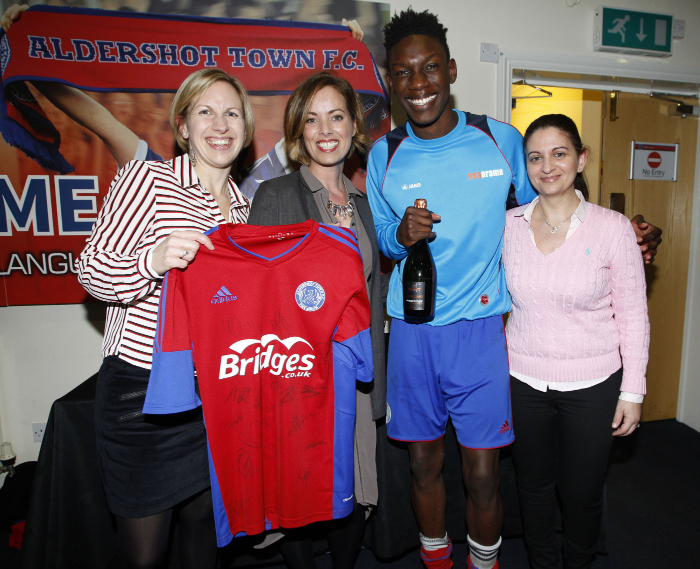Reade Signs match sponsors for Aldershot v Lincoln game